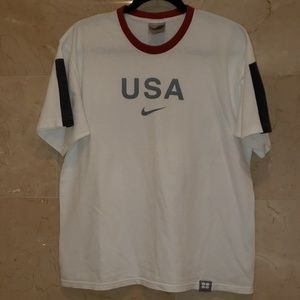 MEN'S RED WHITE AND BLACK NIKE T SHIRT
